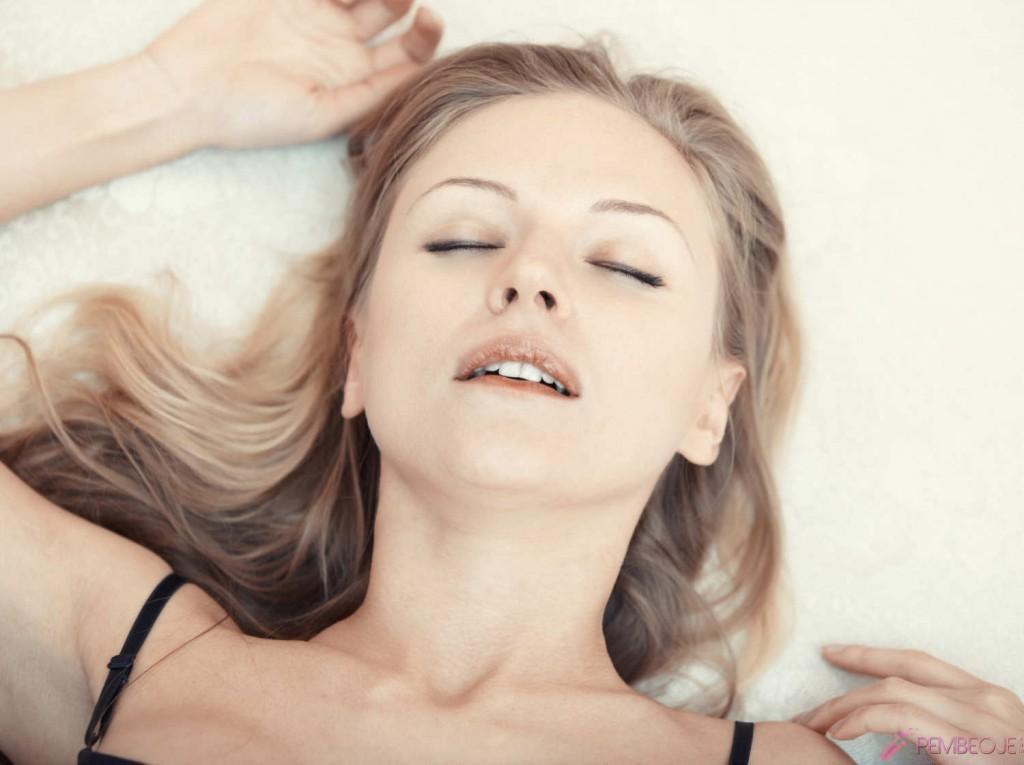 Kızlarda mastürbasyon nasıl oluyor ?